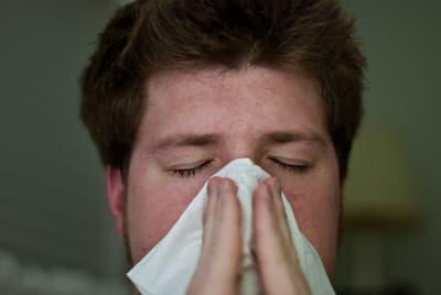 Dlaczego nie odczuwam smaku przez zatkany nos